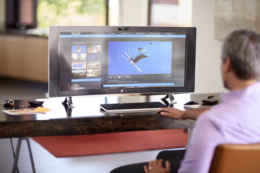 تبدیل نمایشگر خمیده 34 اینچی اچ پی به رایانه رومیزی مجهز به وبندوز 10