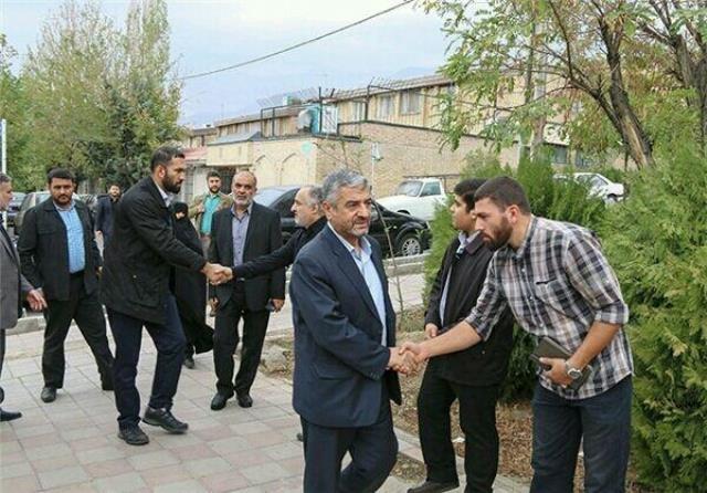 تصاویری از آخرین حضور سردار همدانی در محضر رهبری و حضور سردار جعفری در منزل وی پس از شهادت