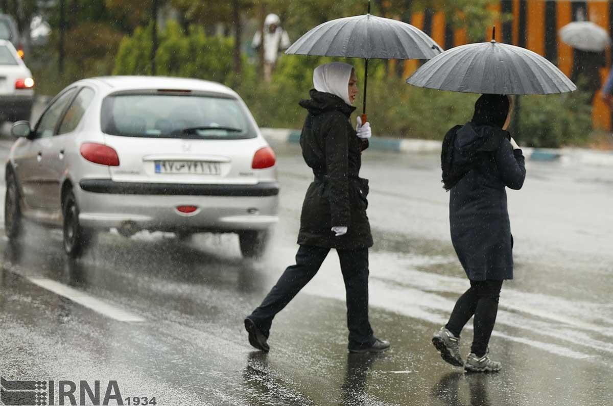 تشکیل ستاد رفع آب گرفتگی خیابان ها در شهرداری تهران/ نقاط مشکل ساز شهر شناسایی می شوند