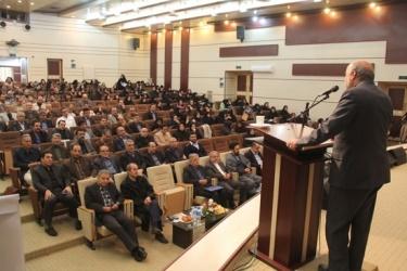استاندار در آیین بزرگداشت استاد دکتر اسماعیل یزدی : مفاخرعلمی؛ریشه وهویت شهر قزوین هستند