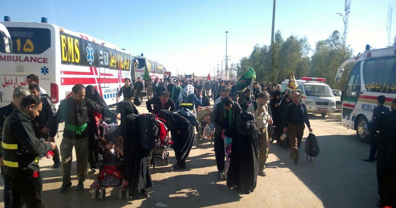 ترافیک در مرز مهران نیمه سنگین است