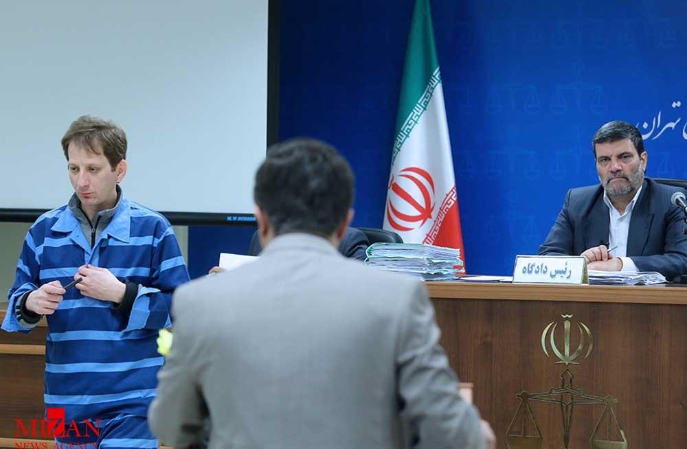 آنچه در دادگاه شانزدهم بابک زنجانی گذشت/ بگومگوهای وکیل، نماینده دادستان و قاضی