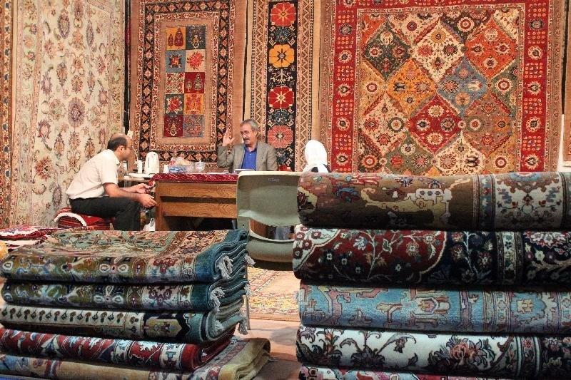 چرا صادرات فرش دستباف کاهش یافت؟/ از خودرو حمایت شد، اما فرش را یادمان رفت