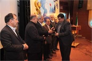 تجلیل از صادرکنندگان نمونه و واحدهای تولیدی برگزیده آذربایجان غربی