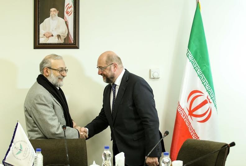 درخواست جواد لاریجانی از رئیس پارلمان اتحادیه اروپا/ شولتز: به تجربه ملت ایران احترام می گذاریم
