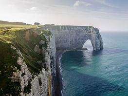 صخرههای دیدنی اترتات در فرانسه/عکس روز نشنال جئوگرافیک