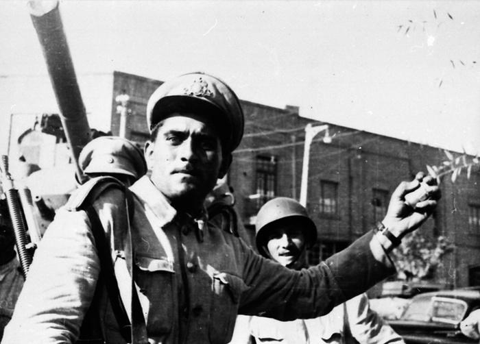 تصاویر دیده نشده گاردین از کودتای 28 مرداد