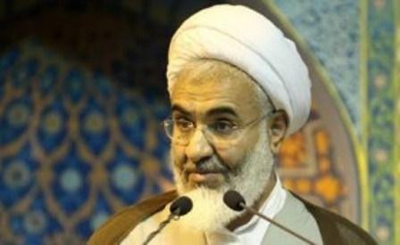 امام جمعه قزوین: وحدت حوزه و دانشگاه تضمین کننده امنیت ملی است