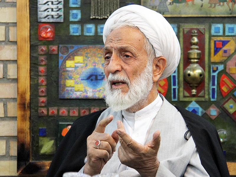 حجتالاسلام تقی رهبر: ناطقنوری و لاریجانی برای نظام زحمت کشیدهاند/تخریب دلسوزان نظام، پسندیده نیست