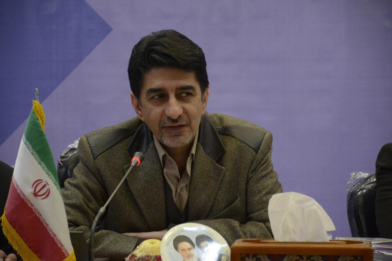 رئیس سازمان مدیریت یزد: اقتصاد کشور هنوز تحت تاثیر کاهش دستوری نرخ بهره بانکی توسط دولت قبل است
