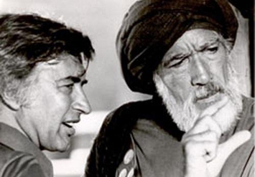 وقتی مصطفی عقاد در خانهی امام خمینی (ره) به گریه افتاد