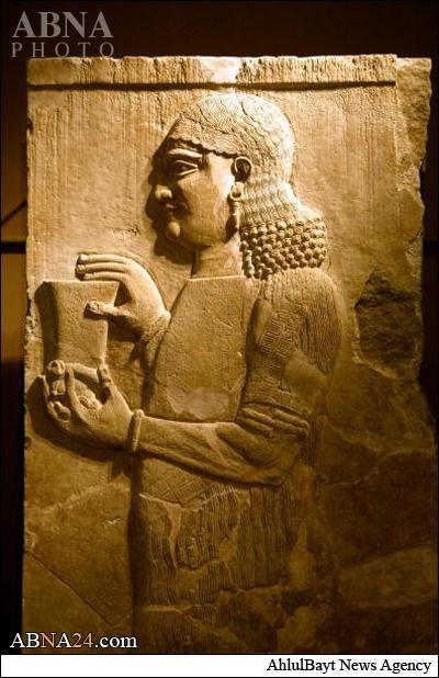 """مجسمههایی که داعش ویران کرد """"گچی"""" بود"""