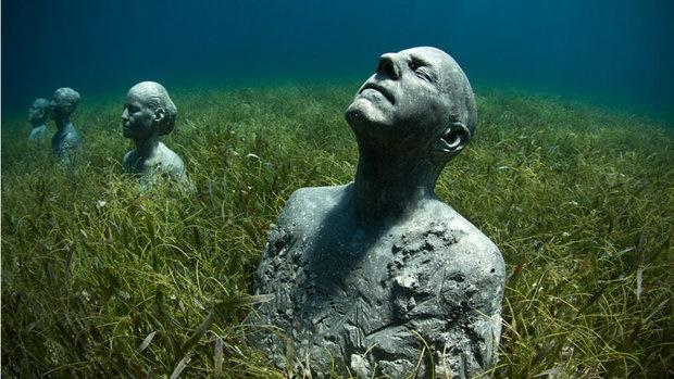 عجیبترین مجسمههای دنیا