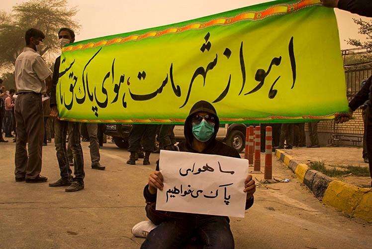 ریه های مردم بازنده بازی سیاسی؟/ حسن روحانی: اولویت مهم دولت، زندگی سالم برای مردم است