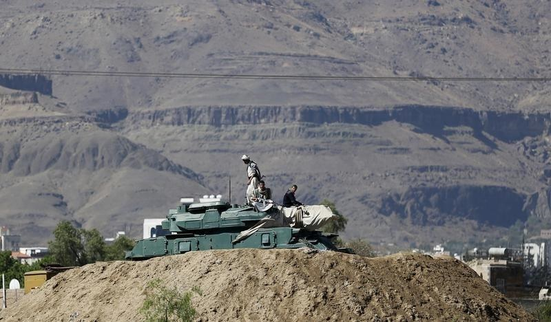 عربستان به یمن حمله کرد/ ده کشور در عملیات نظامی ضد حوثیها شرکت دارند/حمایت آمریکا از حمله نظامی