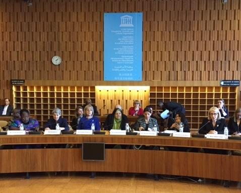 ابتکار در اجلاس بین المللی روز جهانی زن در یونسکو: باید الگوی رفتاری با محیط زیست تغییر کند