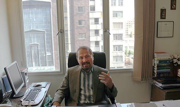 رییس کانون وکلای مرکز: اگر کانون وکلا استقلال داشته باشد این همه مفاسد اقتصادی اتفاق نمیافتد