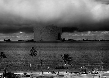 درسهایی از 70 سال رقابت هستهای: بمب اتمی به چه درد میخورد؟