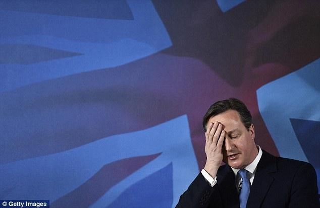 اشتباه بزرگ آقای نخست وزیر / وقتی هواداران آستون ویلا از دیوید کامرون متنفر شدند