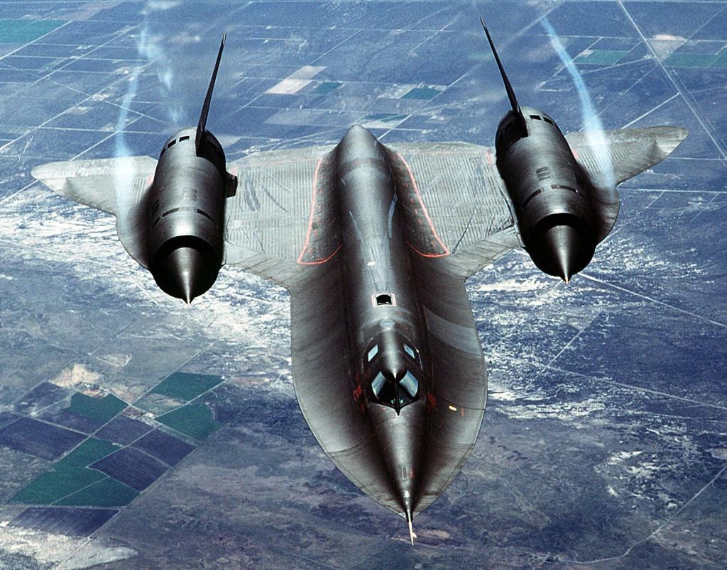 هواپیمایی که از شلیک 4000 موشک جان سالم به در برد