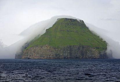 جزیره همیشه ابری