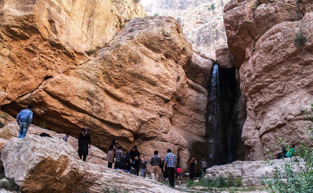 آبشاری به اسم حمید