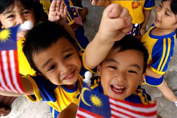 مالزی هم به فکر افزایش جمعیت افتاد؛هر خانواده 6 نفر