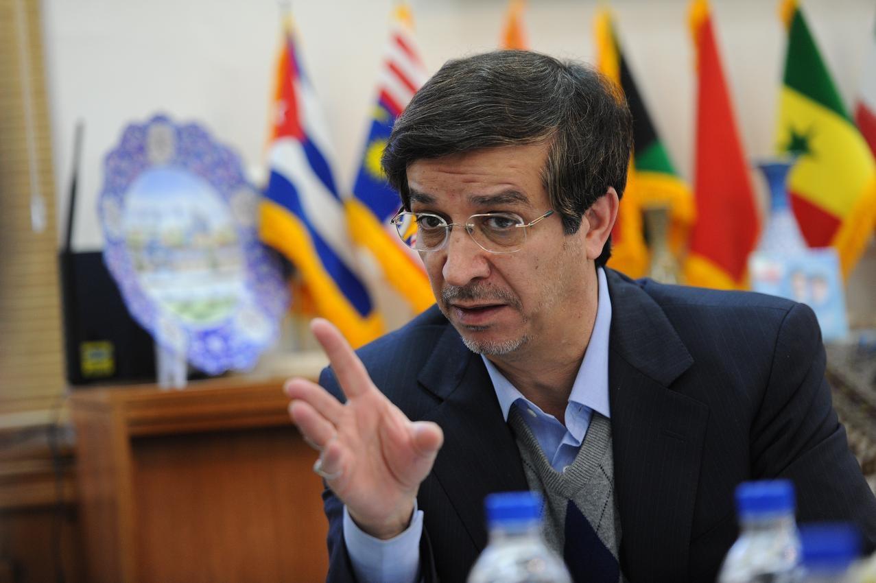 شهردار اصفهان استیضاح و برکنار شد/ عامل تغییرات، مسایل مالی یا وزن کشی سیاسی؟
