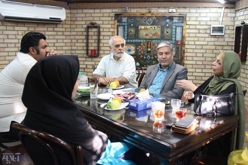 در کافهخبر مطرح شد: سبکزندگی جوانان شده هرچیزی که فاز میدهد و لذت دارد/ جامعه ایرانی بیهنجار شده