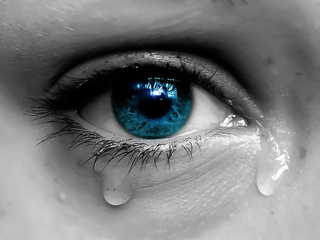 دلیل جاری شدن اشک از چشم چیست؟