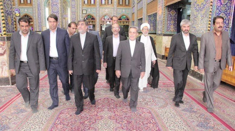 وزیر فرهنگ و ارشاد اسلامی وارد یزد شد/دیدار با امام جمعه