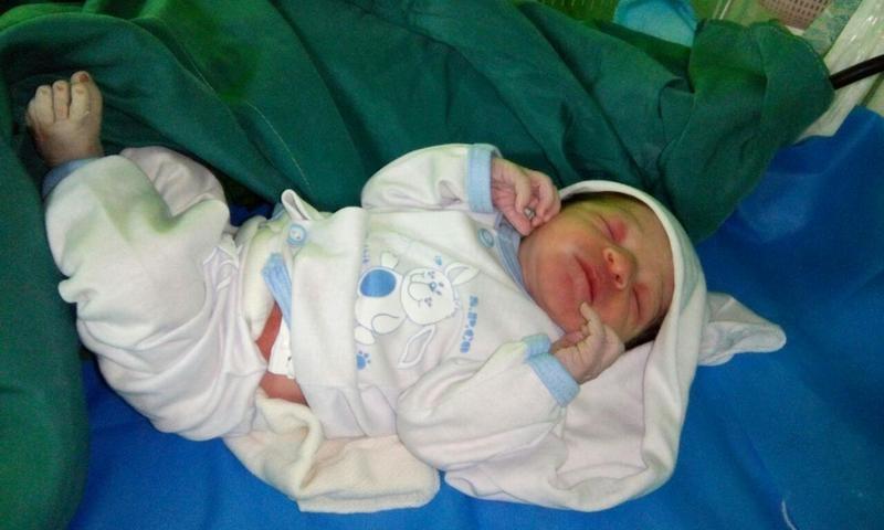 تولد یک نوزاد در آمبولانس اورژانس اردکان یزد