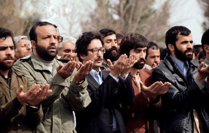 عدم کفایت سیاسی بنیصدر در قاب تصویر
