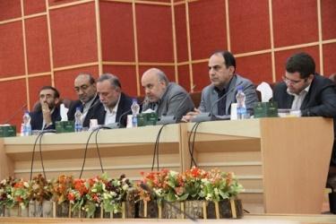 استاندار  قزوین تاکید کرد: بی طرفی و امانتداری محور کار استانداری در انتخابات است