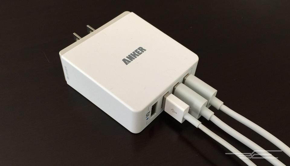 با بهترین شارژر همهکاره برای موبایل و تبلت آشنا شوید