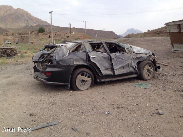 واژگونی تریلی حامل لکسوس در کرمان