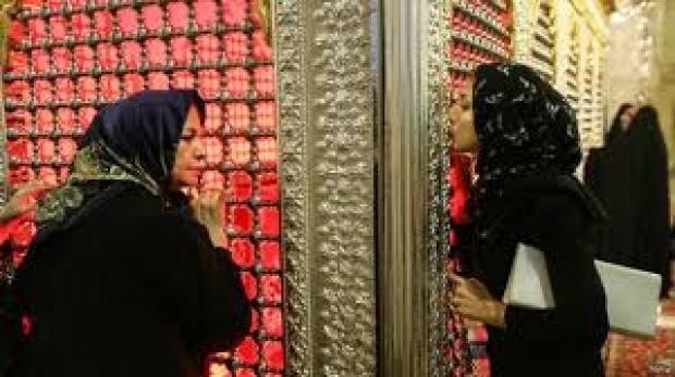 ضریح نمادین امام حسین(ع)، عاملی برای ترویج خرافات در تهران