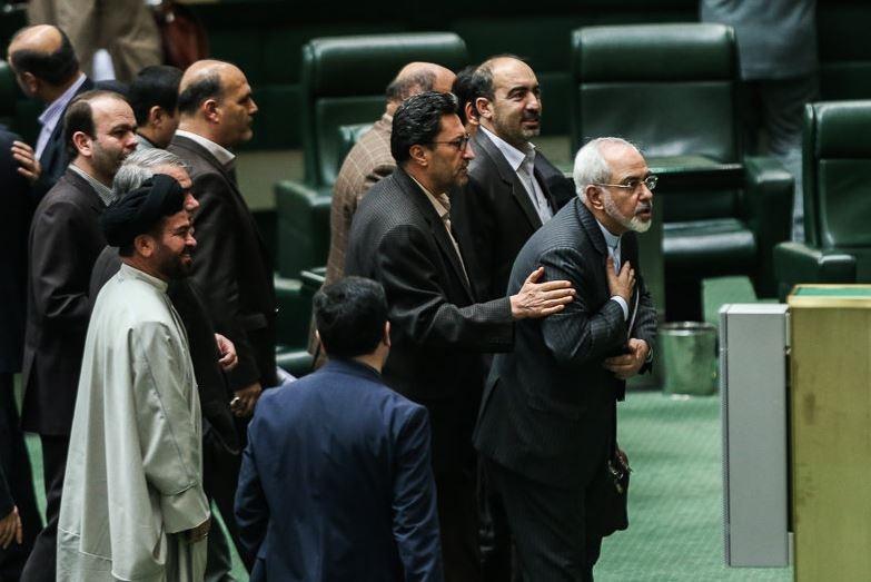 نگاه نمایندگان به تصویب توافق هسته ای در مجلس چه خواهد بود؟ / دلواپسان در اقلیت اند