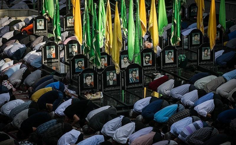 تصاویری باشکوه از اقامه نماز عید سعیدفطر