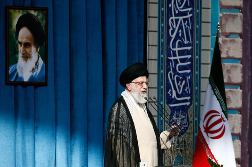 رهبر انقلاب: چه این متن توافق هسته ای تصویب بشود و چه نشود،سیاست ما در قبال آمریکا تغییر نمی کند