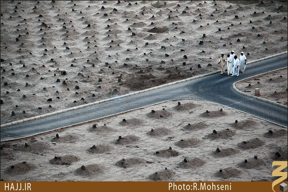 مقبره های بقیع به تحریک چه کسی تخریب شد؟/  توافق روحانی ایرانی با ملک عبدالعزیز برای نقشه بقیع