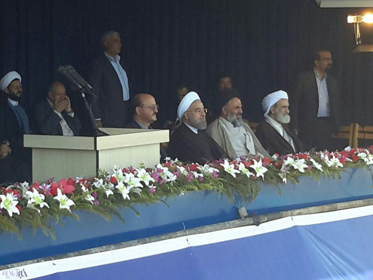 آنچه روحانی از کردستان گفت و مردم استان را به وجد آورد/ رئیس جمهور به زبان کردی گفت: بژی کردستان