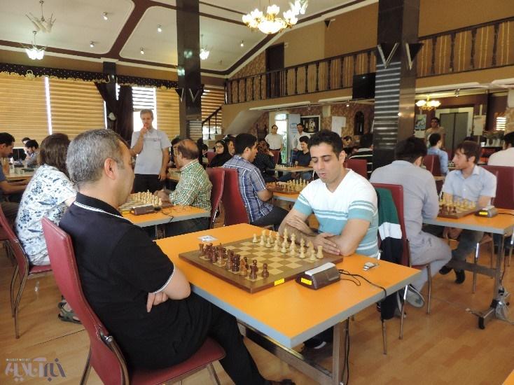 آغاز شطرنج برق آسا جام سرداران شهید آذربایجان