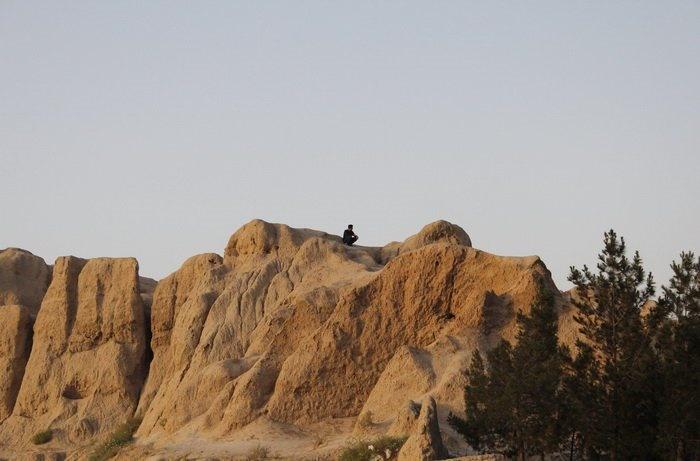 تپه جوقین، شهریار، بیخ گوش تهران/ اینجا پاتوق کارتنخوابها و معتادان شده است