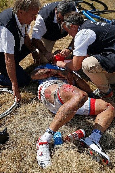 تصاویری از روز خونین تور دو فرانس / فابیان کانسلارا ادامه مسابقات را از دست داد