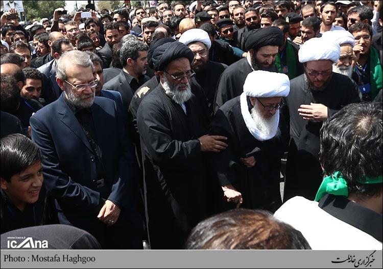 مراجع,علی لاریجانی
