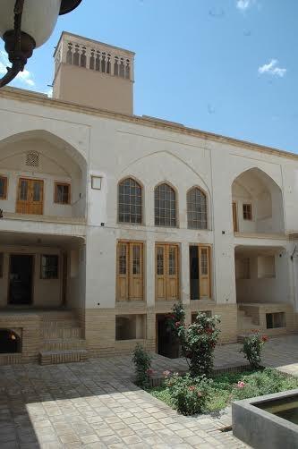 هفت بنای تاریخی استان سمنان به سرمایهگذار بخش خصوصی واگذار میشود
