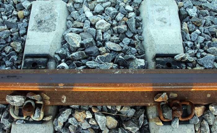 پیچ و مهره در صنعت ریل