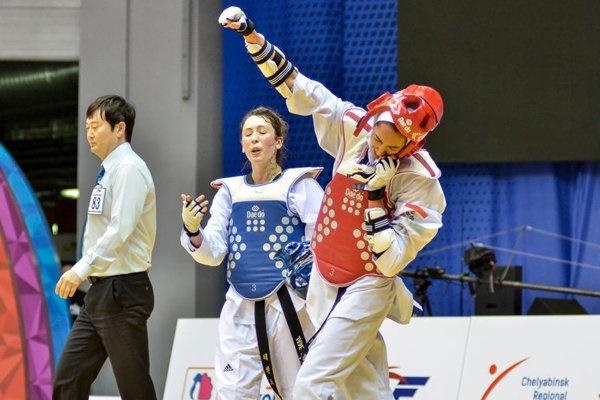 مدال طلای کیمیا علیزاده در روز دختر