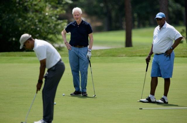تصاویر رقابت اوباما و کلینتون در زمین گلف